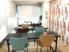 YY1_★JR新宿駅 徒歩5分!代々木駅すぐ★ 打ち合わせ・セミナーにぴったりな個室スペースです!