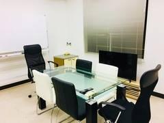 NewOpen【西新宿駅徒歩4分】電源/ディスプレイ/Wi-Fi付完全個室 格安 ゆったり会議室