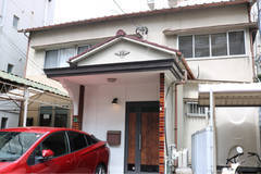 福岡 地下鉄空港線藤崎駅徒歩1分 一軒家まるごと・会議・撮影・ママ会・女子会など・キッチン使用可・浴室利用できます部屋3室