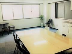 [山手線大塚駅徒歩5分の格安会議室] 池袋駅から1駅。会議やセミナー、ママ会など、幅広い用途で利用可能。