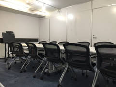 【東京駅八重洲中央口3分・八重洲地下街21番出口1分】WI-FI完備!12名収容!!03聖徳太子会議室 最新!WEB会議システムを導入しています。の写真