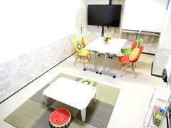 <フルーツ会議室/TeleSpace 四条烏丸>8/11リニューアルOPEN ⭐️ 静かな立地•角部屋 ⭐️オゾンで安心 ⭐️ 室内で飲食可 ⭐️