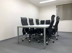 【谷町四丁目駅徒歩2分】レンタルオフィス内に併設の8名用会議室③