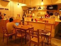 浅草橋 ゲストハウス&カフェバー LittleJapan