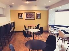 【ミッドタウンからすぐ】おしゃれなカフェを貸切で使う!会議、勉強、ママ会、パーティなど使い方自由!