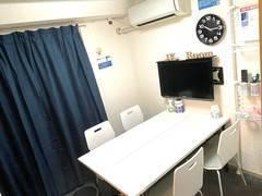 【最安値宣言】完全個室!無料Wi-Fi完備!新宿三丁目駅から徒歩30秒!