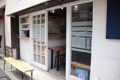 世田谷の経堂にある店舗型レンタルスペースです。