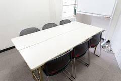 【窓付きスペース】明るいお部屋です!無料Wi-Fi、ホワイトボード、空調完備★404号室