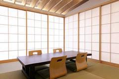 人気の福岡市大名でアクセス抜群!完全個室和室スペース、会議、茶道など様々な用途でご利用可能です!
