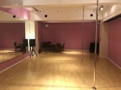 【立川駅徒歩5分】ポールダンススタジオ(ダンス、ヨガ、舞台稽古等にも利用可能)