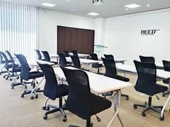 福井大和田エリアの貸し会議室です。無料駐車場・Wi-Fiも完備。会議・研修・セミナーなどに!