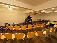 千葉稲毛駅【一般利用】地下ホールでコンサートやライブ、発表会!音楽に関連するイベントや教室を開催できます。