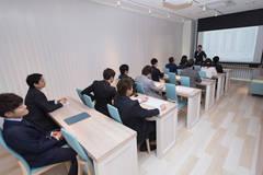 会議・セミナー・研修・プライベートシアターなどに最適な貸し会議室!【札幌駅周辺から南北線:北34条駅に移転しました!】