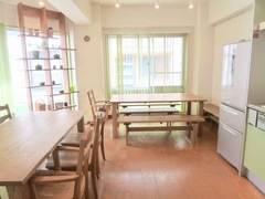 【四谷三丁目】駅徒歩2分!大きな窓が気持ちいいレンタルスペース