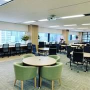 <横浜駅徒歩7分>☆2019年6月にオープン☆ 清潔感溢れるキレイな最先端サービスオフィス‼ STAYUP 横浜