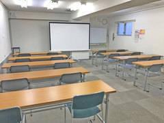 第二会議室【高崎駅徒歩7分】最大30席 プロジェクター|Wi-Fi|有線LAN|ホワイトボード|消毒液|非接触式体温計|無料【窓有り】