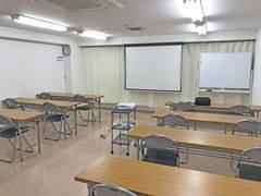 第四会議室【高崎駅徒歩7分】20~30席 プロジェクター|Wi-Fi|ホワイトボード|無料 セミナー・会社説明会・講習会に最適