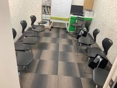 飯田橋徒歩2分。 英会話スクールにあるクラスルームです☆