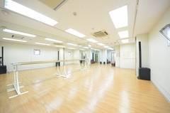 ダンスレッスンや楽器演奏も可能なスタジオ♪|Flamingo