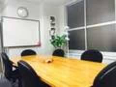 【日本橋駅、三越前駅、茅場町駅、東京駅】から利用できる貸し会議スペース(〜6名)スペース④