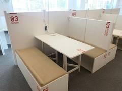 【特別料金実施中】オープンスペース!フリードリンク付きのスタイリッシュな会議スペース☆ ブース3