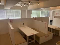 【特別料金実施中】オープンスペース!フリードリンク付きのスタイリッシュな会議スペース☆ ブース4