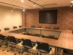 【湘南・鎌倉】大船駅・徒歩3分!ゆったりと落ち着いた雰囲気の会議室です。各種セミナー、ワークショップ、パーティなどでご利用ください。