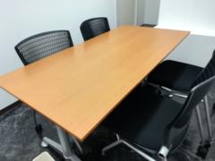 群馬県高崎、レンタルオフィス、第4会議室4席 (1~4名)