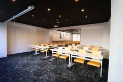 【2月OPEN!】最大56名テーブル着座可能の六本木ハイグレードスペース!高速Wi-Fi・プロジェクター無料!レビューを書いて最大60%割引☆