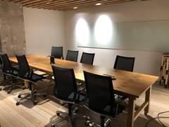 池尻大橋駅より徒歩30秒の会議や商談、個人作業ができる大会議室