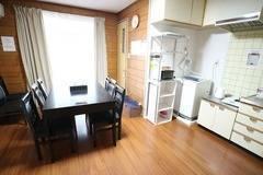 最大9名まで 会議スペースや簡易オフィス、テレワーク用にも最適! 京阪祇園四条駅から徒歩約11分