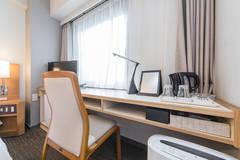 【完全個室 l ZOOM会議やリモートワーク最適環境】~ホテルサンホワイト D室~ <谷町四丁目駅徒歩4分>
