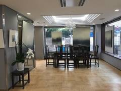 京阪三条駅・地下鉄三条京阪駅から徒歩2分!ホテルのロビーのミーティングスペースでWi-Fi無料・打ち合わせ~ATOホテル D室~