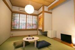 新規オープン旅館!浅草浅草寺まで徒歩圏内  完全個室の和室部屋でゆっくりと作業はいかがでしょうか。 のコピー