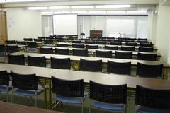 【淡路町駅】最大72名収容!講演会やセミナーにも便利な大会議室
