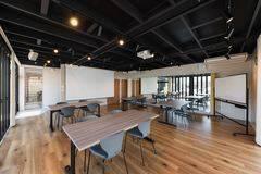 【多目的スペース】神戸市のレンタルスペースなら✨U-SPACE垂水海岸通店✨ダンススタジオや会議利用に♪無料Wi-Fi/延長コード/個室/神戸市/垂水