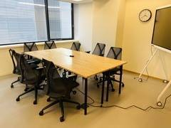 【会議室2】有楽町駅 徒歩1分/ミーティングスペース(8名)