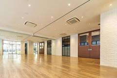 【日本橋Flatto】スタジオスペース 会議利用・研修・レッスン・ワークショップなど利用用途は様々!