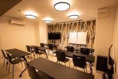 【京橋駅徒歩3分_完全個室のセミナールーム_2021年5月完成】CaReealize会議室