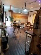 静岡駅北口から6分、静鉄日吉町駅から3分のカフェ風の貸し切り空間・貸し会議室・カウンター&簡易キッチン新型コロナ対策のため10人まで・35㎡無料Wifi