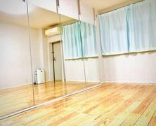 少人数でダンスができるレンタルスタジオです