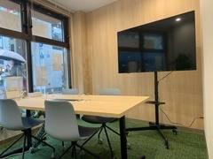 練馬駅(大江戸線・西武池袋線)徒歩3分、完全個室にテレワークやWEB会議を!Wi-Fi、コンセント各個室に完備。換気対策もばっちり。(会議室)