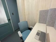 【いい部屋Space練馬店 102号室】練馬駅徒歩3分、完全個室にテレワークやWEB会議を!Wi-Fi、コンセント各個室に完備。換気対策もばっちり。