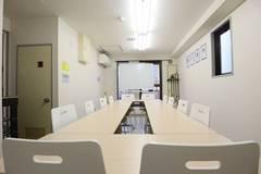 【マチノラボ】光回線・Wi-Fi/感染症対策グッズ完備/即予約★町田駅4~10分のナチュラルな雰囲気の会議室★会議・テレワークなどに便利