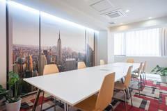 【安定した超高速WiFi】大きなテーブルの会議室。心斎橋駅1分。電源多◎商談・面談・zoom/web/オンラインミーティング