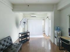 【豊富な無料撮影備品】商品撮影・youtube動画の西麻布スタジオ!空間を生かしてセミナーや会議、オンラインMTGに。