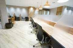 <モディコワーキング1人用自由席E>フリーアドレスで快適に作業⭐️静岡モディのコワーキングスペース✨Wi-Fi/コンセントあり!