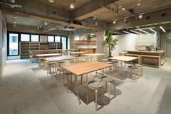 【バラエティ番組や料理番組の撮影実績多数!】300㎡の広々空間にキッチンと控室を揃えた撮影スタジオ