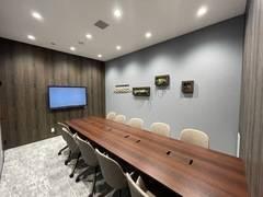 【札幌駅徒歩5分】WEB会議やテレワークにもおすすめ✨10名用会議室 #Wi-Fi#電源#ホワイトボード#モニター#フリードリンク#コンシェルジュ