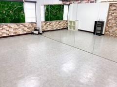 新規OPEN<大塚駅5分>ダンス・演劇ができるレンタルスタジオ/幅6.0m高さ1.8の鏡付き/グループレッスン・個人練習に最適